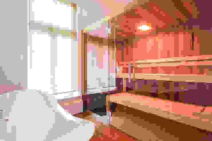 badkamer met sauna Mediterrane badkamers van Bob Romijnders Architectuur & Interieur Mediterraan