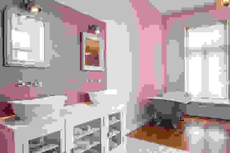 badkamer, overview Mediterrane badkamers van Bob Romijnders Architectuur & Interieur Mediterraan