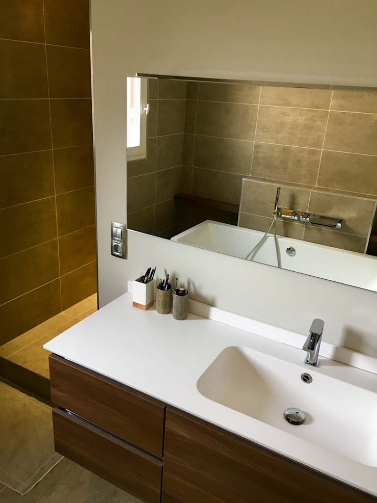 Bagno moderno di HOME feeling Moderno