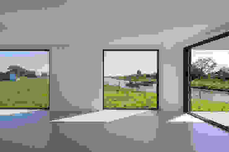 drie generaties woning | Nieuwkoop Moderne eetkamers van JADE architecten Modern