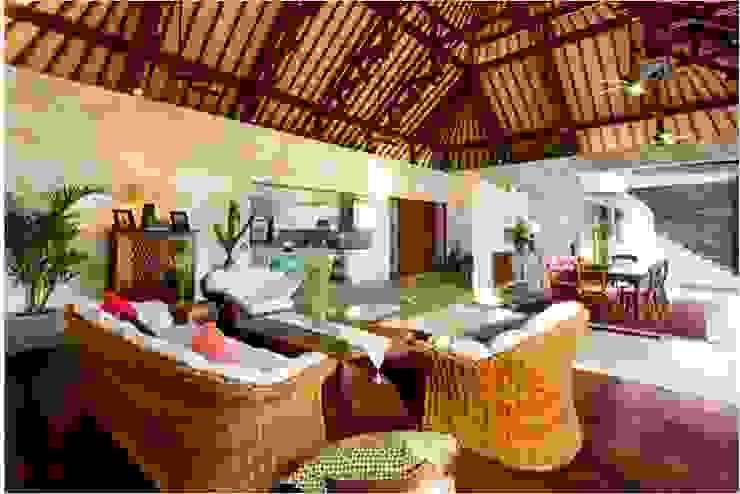 Villa Saya - Living Area Ruang Keluarga Gaya Asia Oleh HG Architect Asia