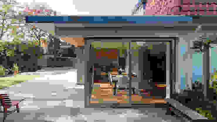 eetkamer van STAAG architecten Modern Glas