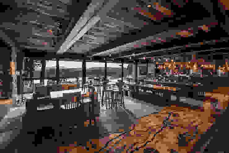 Rustic style bars & clubs by Bórmida & Yanzón arquitectos Rustic