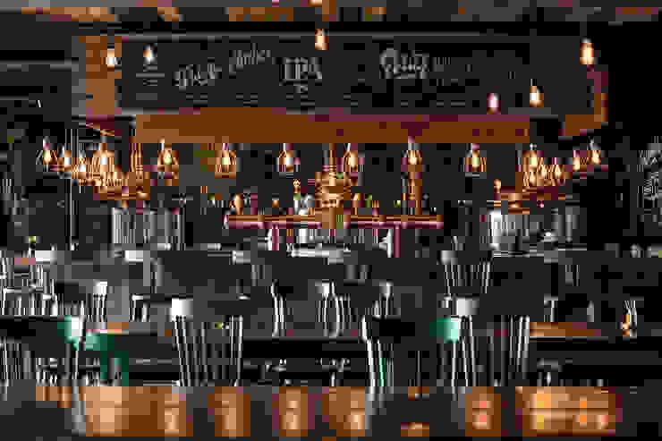 Rustikale Bars & Clubs von Bórmida & Yanzón arquitectos Rustikal