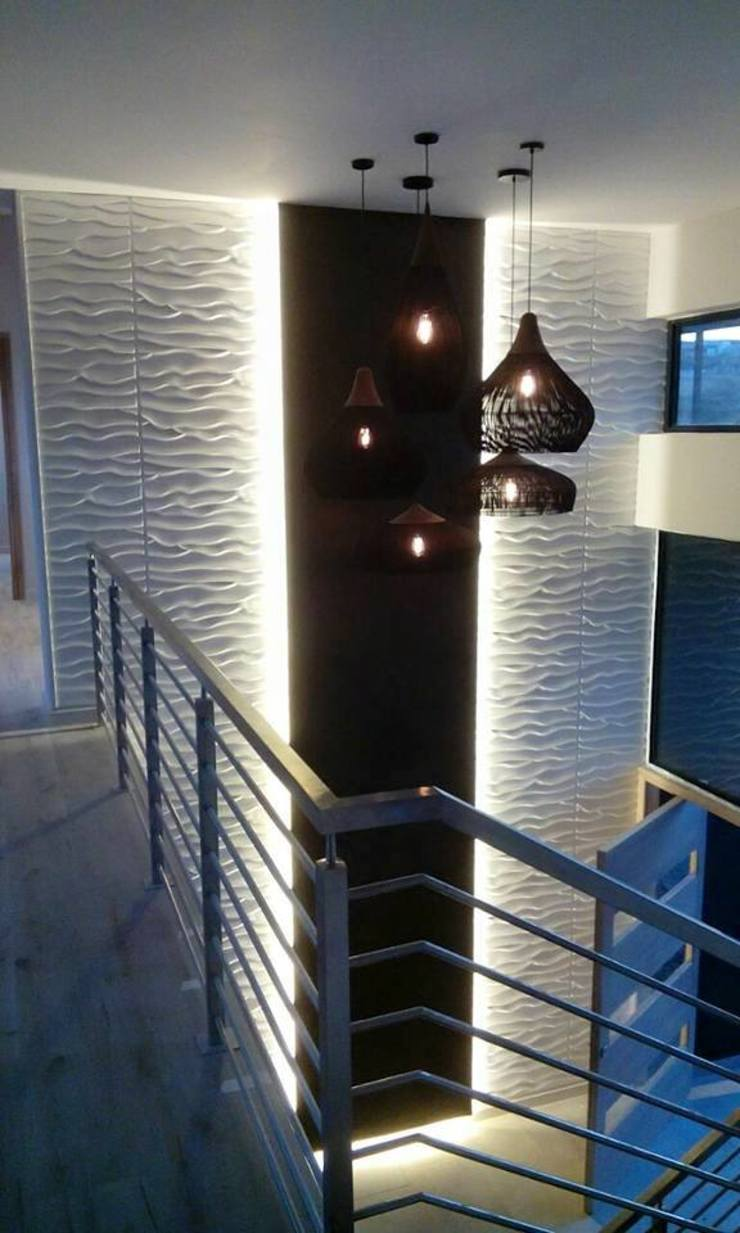 Waterfall Estates, Midrand, Johannesburg Modern Corridor, Hallway and Staircase by The Guys - enhance your space, enhance your life! Modern