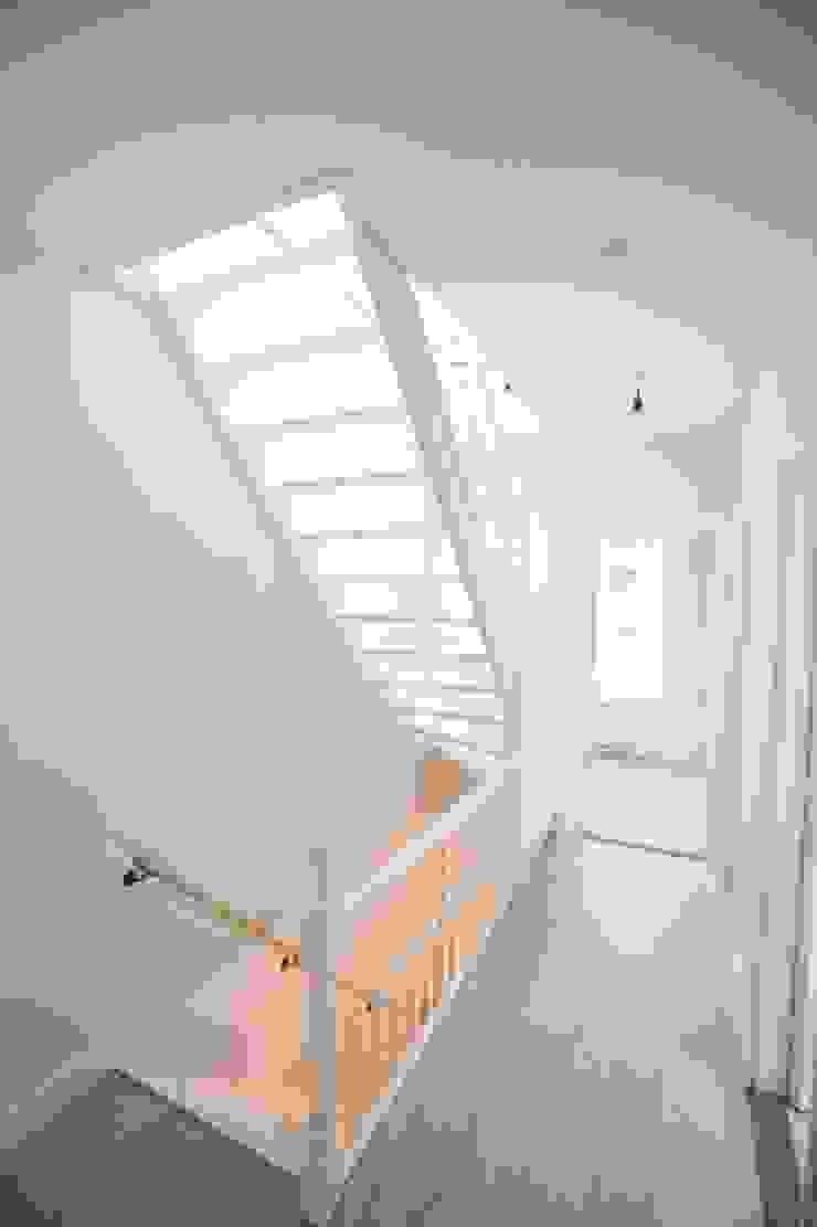 Haags herenhuis in het Statenkwartier Den Haag van FASE13   interieurontwerp & interieuradvies Modern