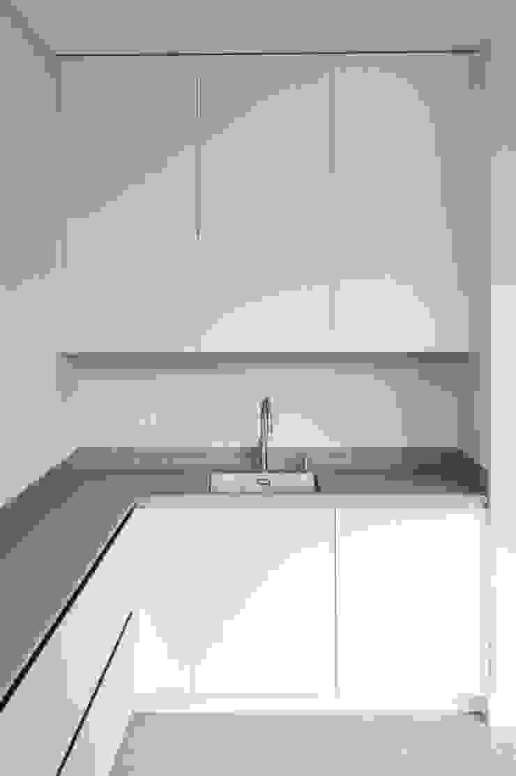 Haags herenhuis in het Statenkwartier Den Haag Moderne keukens van FASE13   interieurontwerp & interieuradvies Modern