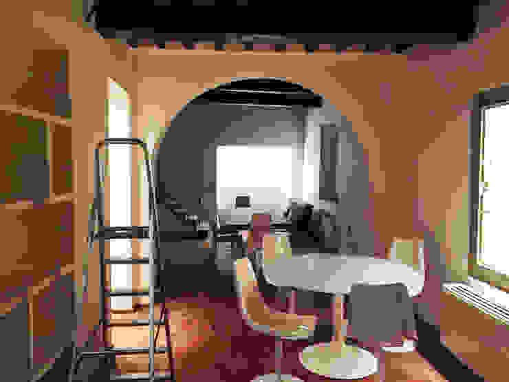 Dirante i Lavori - Casa in Via San Martino - Pisa di Studio Bennardi - Architettura & Design Moderno