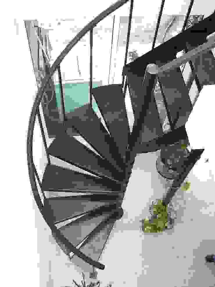 Escalera combinada modelo FLORENCIA de HELIKA Scale Moderno Hierro/Acero