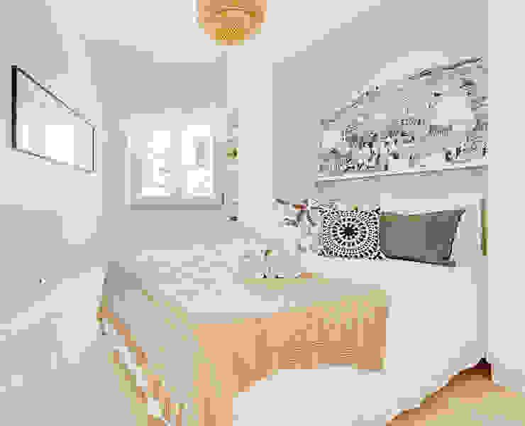 Dormitorios escandinavos de Homestories Escandinavo