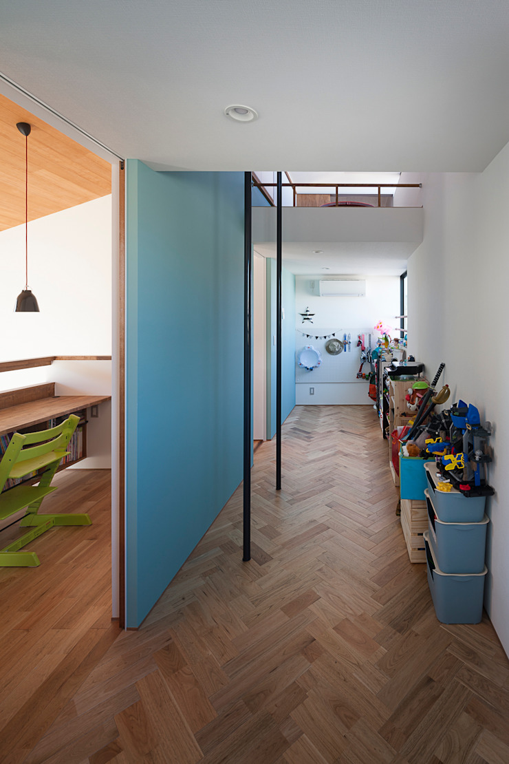 根來宏典建築研究所 ห้องนอนเด็ก ไม้ Blue