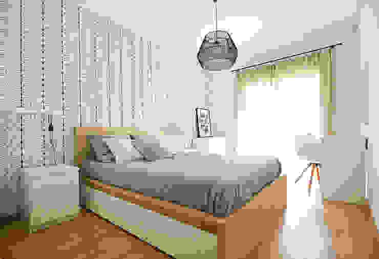 Homestories Scandinavian style bedroom