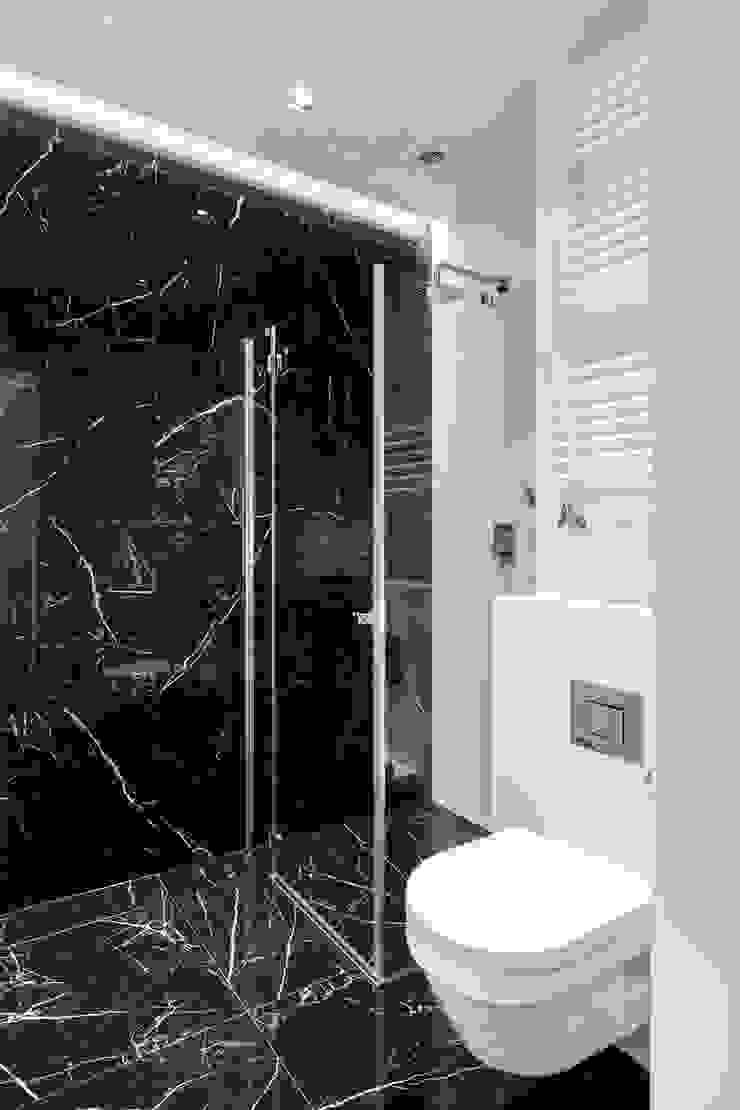 Salle de bain originale par Anna Serafin Architektura Wnętrz Éclectique