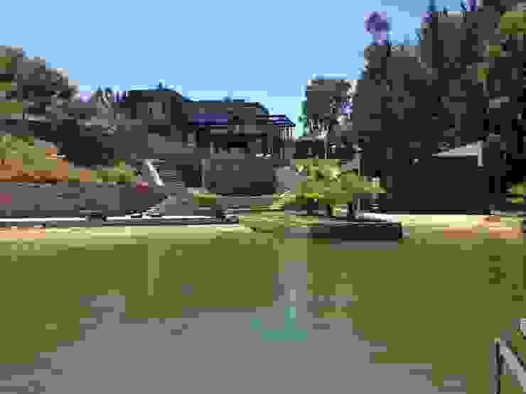 Casa EFZ orilla Lago Rapel, Condominio Costa del Sol II, La Estrella VI región. de Sotomayor & Asociados Moderno Concreto reforzado
