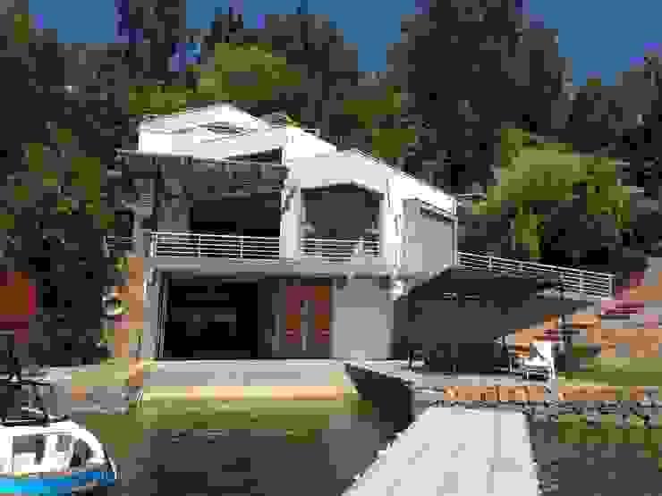 Casa FSA 01 de Sotomayor & Asociados Moderno Concreto reforzado