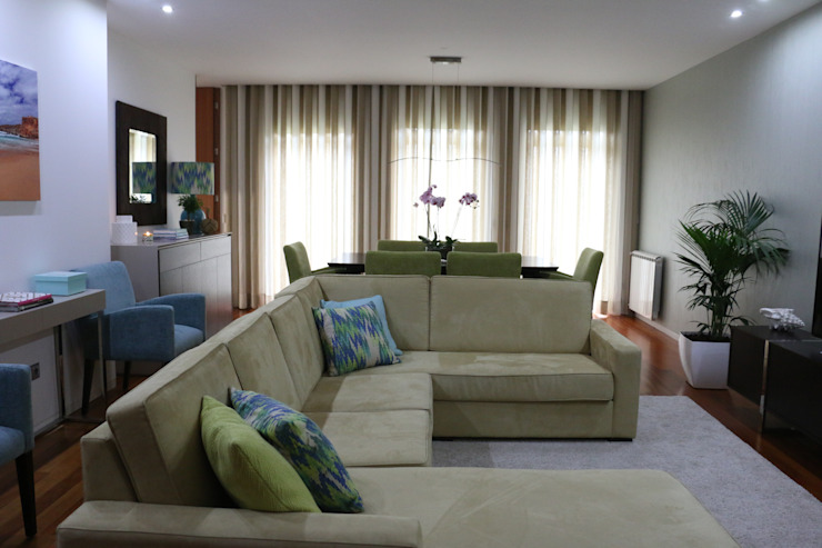 Sala comum por Perfect Home Interiors Moderno Fibra natural Bege
