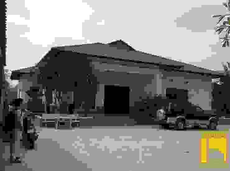 Biệt thự Nhà phong cách đồng quê bởi CÔNG TY TNHH KT - XD KIẾN NGUYỄN Đồng quê