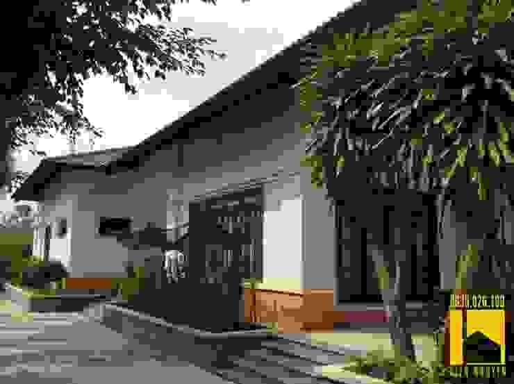 Biệt thự Hiên, sân thượng phong cách đồng quê bởi CÔNG TY TNHH KT - XD KIẾN NGUYỄN Đồng quê