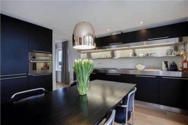 Kitchen by Dineke Dijk Architecten,