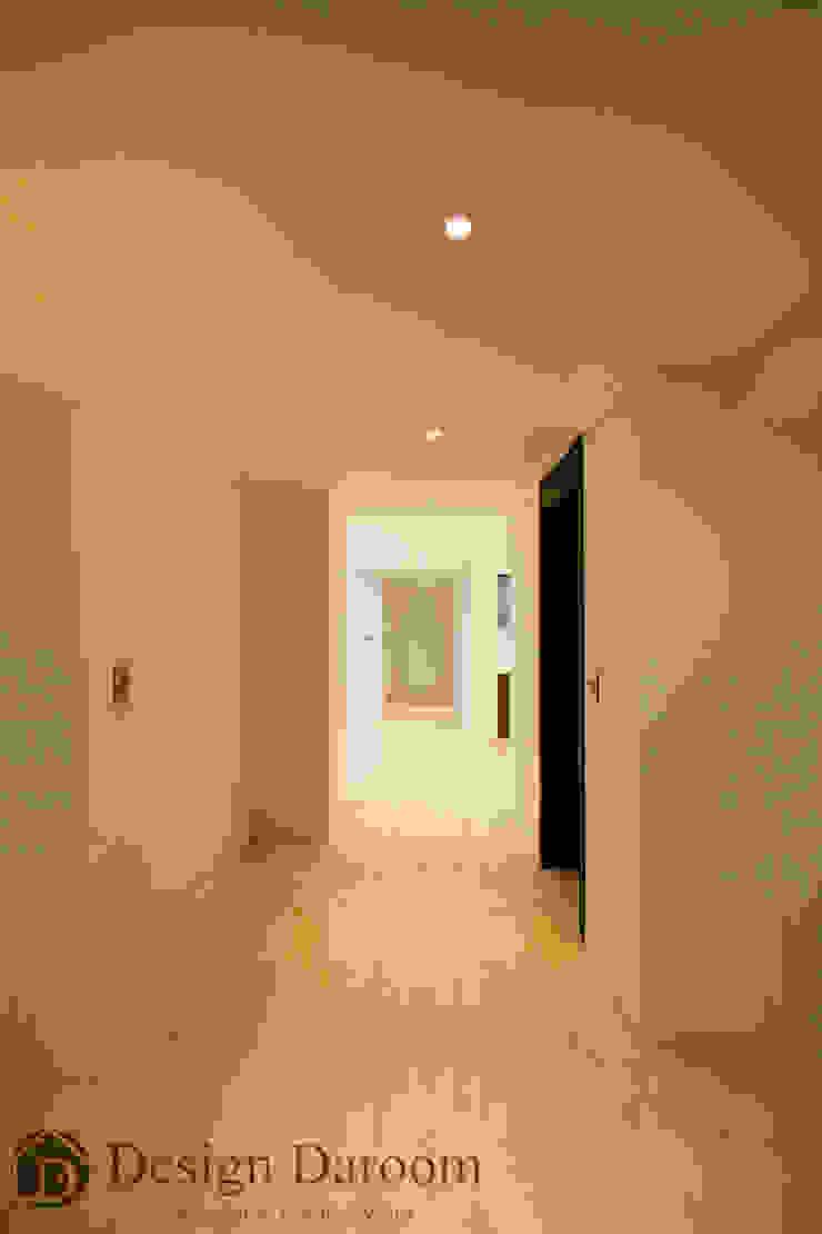 광장동 워커힐 아파트 56py 복도 모던스타일 복도, 현관 & 계단 by Design Daroom 디자인다룸 모던