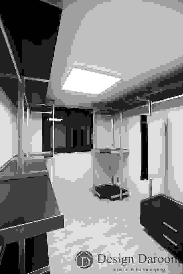 광장동 워커힐 아파트 56py 드레스룸 모던스타일 드레싱 룸 by Design Daroom 디자인다룸 모던