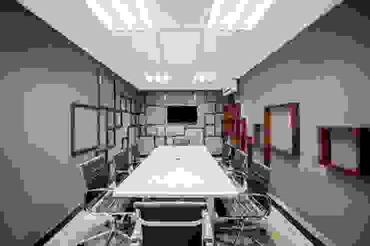 مكاتب العمل والدراسة تنفيذ ESTUDIO TANGUMA