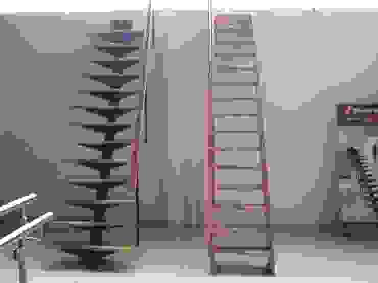 Escaleras rectas modelos TURÍN y VENECIA de HELIKA Scale Moderno Madera Acabado en madera