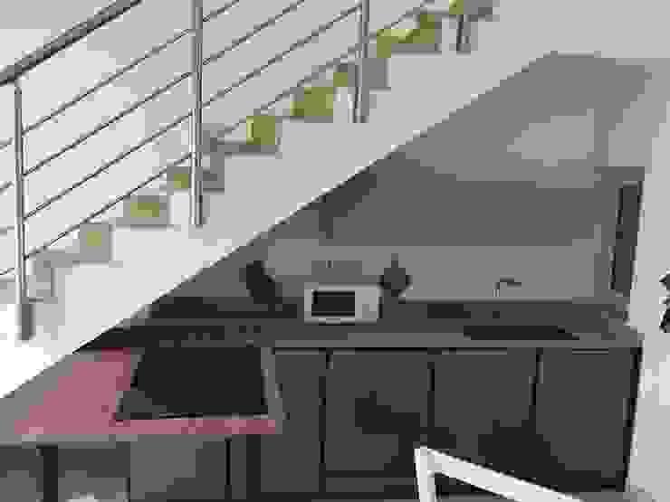 SUPER BLOC SRL Modern Kitchen Tiles