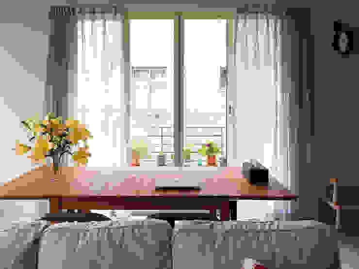 Living room / Balcony 根據 湜湜空間設計 隨意取材風
