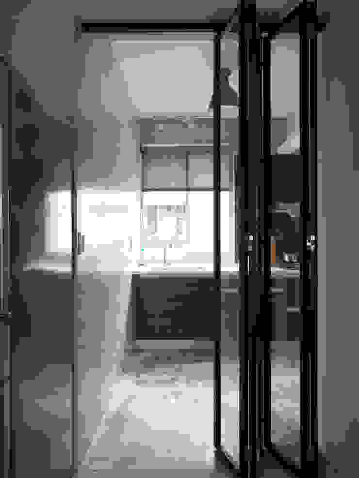 Kitchen 根據 湜湜空間設計 隨意取材風 水泥