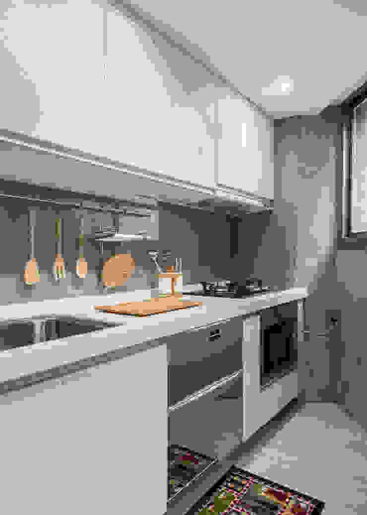 Kitchen 根據 湜湜空間設計 現代風