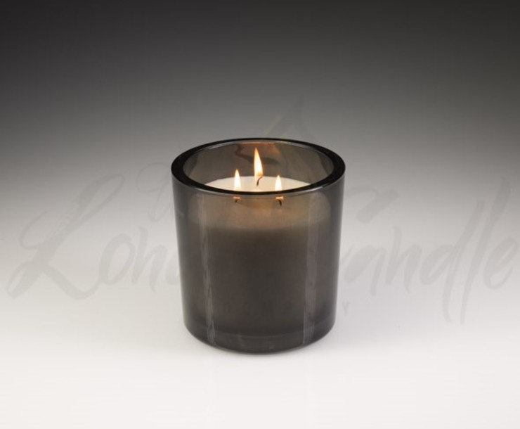 Large Three Wick Vanilla Scented Candle von The London Candle Company Klassisch