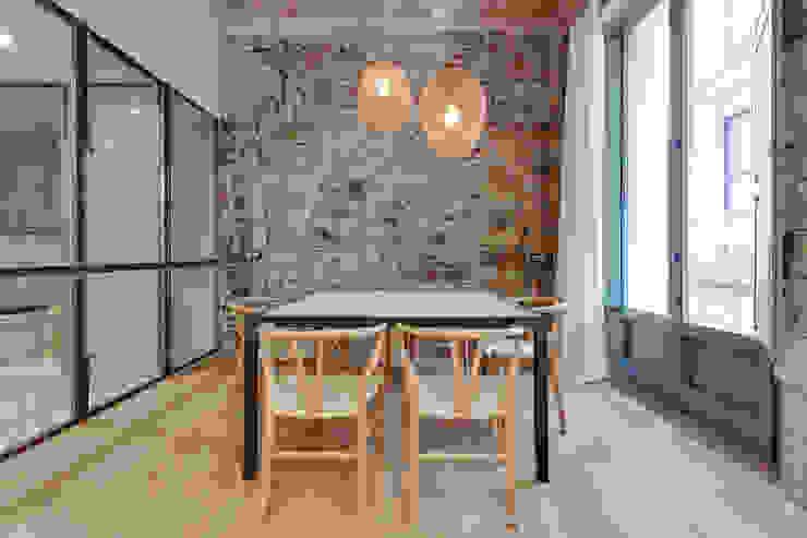 Comedores de estilo mediterráneo de Lara Pujol | Interiorismo & Proyectos de diseño Mediterráneo