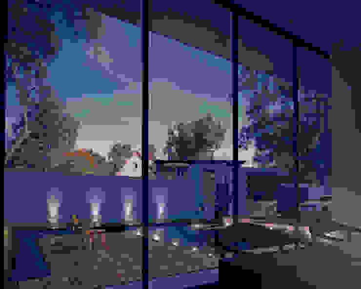 會所夜景 根據 勻境設計 Unispace Designs 現代風 水泥