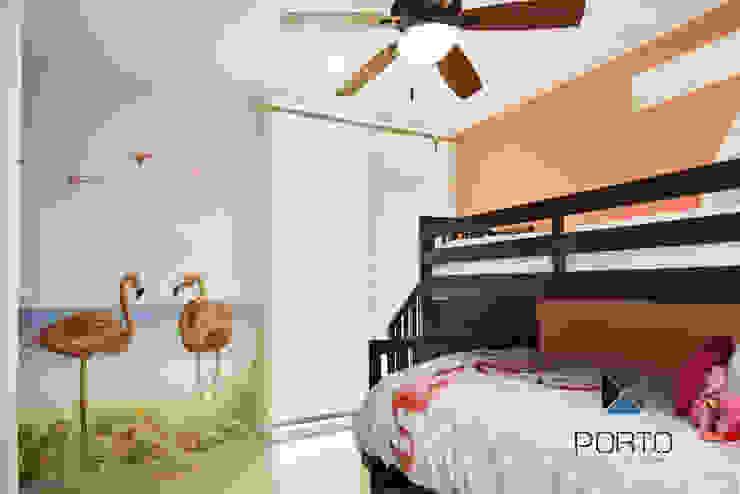 Kamar Bayi/Anak Gaya Mediteran Oleh PORTO Arquitectura + Diseño de Interiores Mediteran