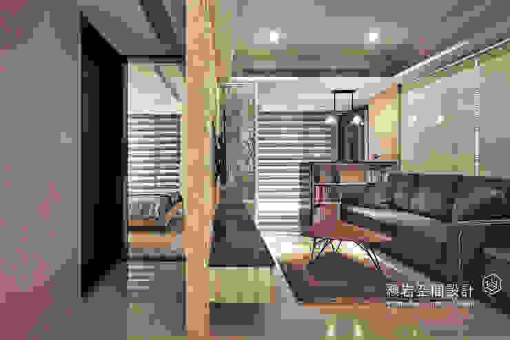 新北市 林口區 劉公館 經典風格的走廊,走廊和樓梯 根據 顥岩空間設計 古典風