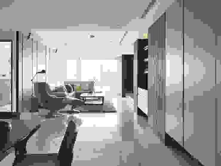 雙橡園Y宅 现代客厅設計點子、靈感 & 圖片 根據 Ho.space design 和薪室內裝修設計有限公司 現代風