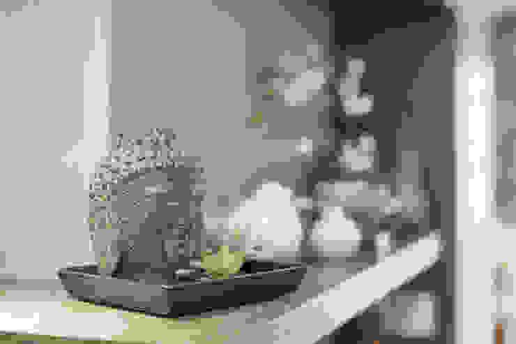 簡約 / 都會風 现代客厅設計點子、靈感 & 圖片 根據 騰龘空間設計有限公司 現代風