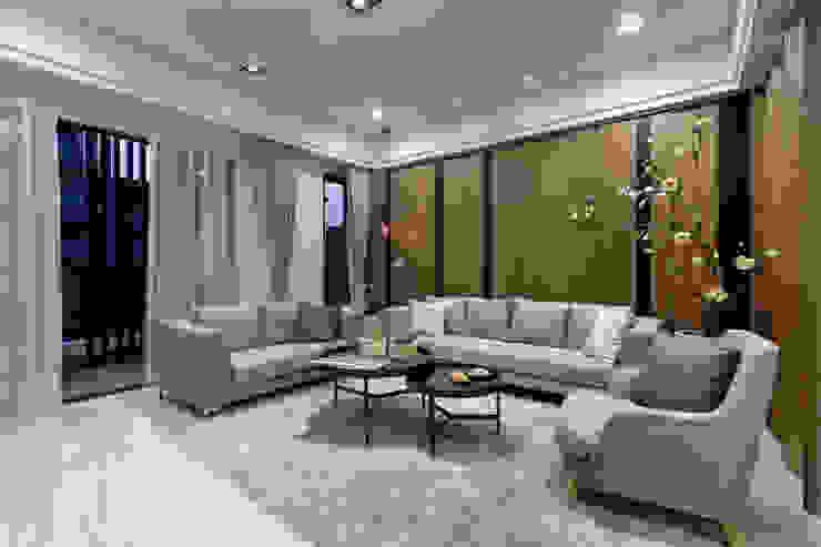 簡約 / 都會風:  客廳 by 騰龘空間設計有限公司