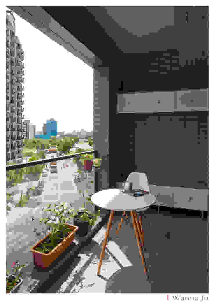 Modern style gardens by 北歐制作室內設計 Modern