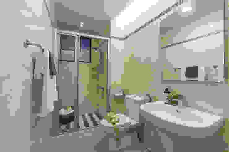混搭 / 新婚居 現代浴室設計點子、靈感&圖片 根據 騰龘空間設計有限公司 現代風