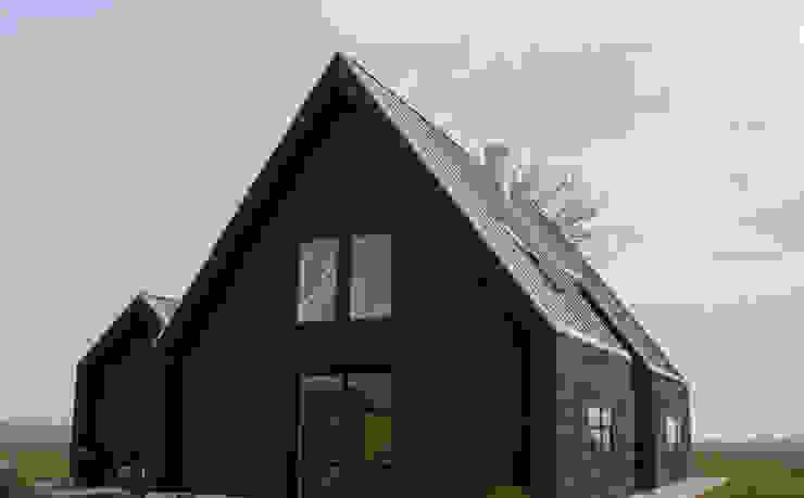 Wooden houses by Nico Dekker Ontwerp & Bouwkunde, Minimalist Wood Wood effect