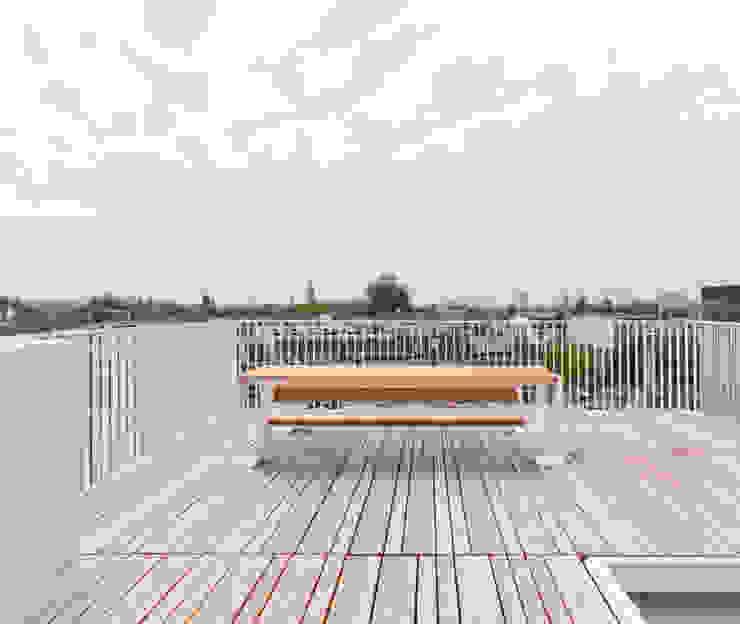 luxe maisonette in de Pijp - Bas Vogelpoel Architecten Amsterdam Moderne balkons, veranda's en terrassen van Bas Vogelpoel Architecten Modern Massief hout Bont