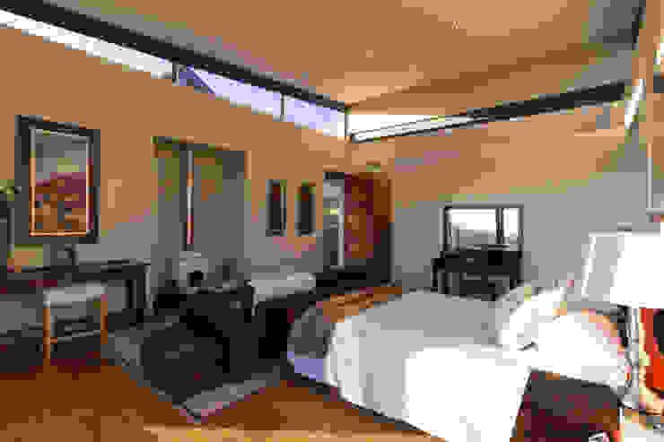 Main Bedroom Modern style bedroom by Hugo Hamity Architects Modern