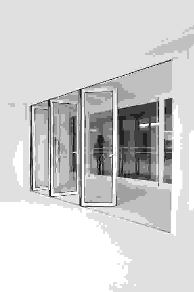 한 인테리어 베스트타운 아파트 모던스타일 발코니, 베란다 & 테라스 by 한 인테리어 디자인 모던