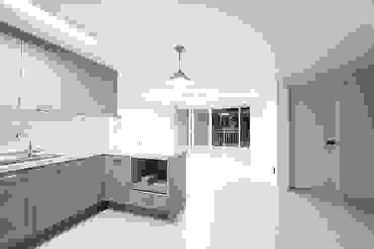 한 인테리어 청솔아파트 모던스타일 주방 by 한 인테리어 디자인 모던