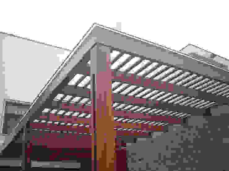 GRUPO CONSARQ Atap Kayu