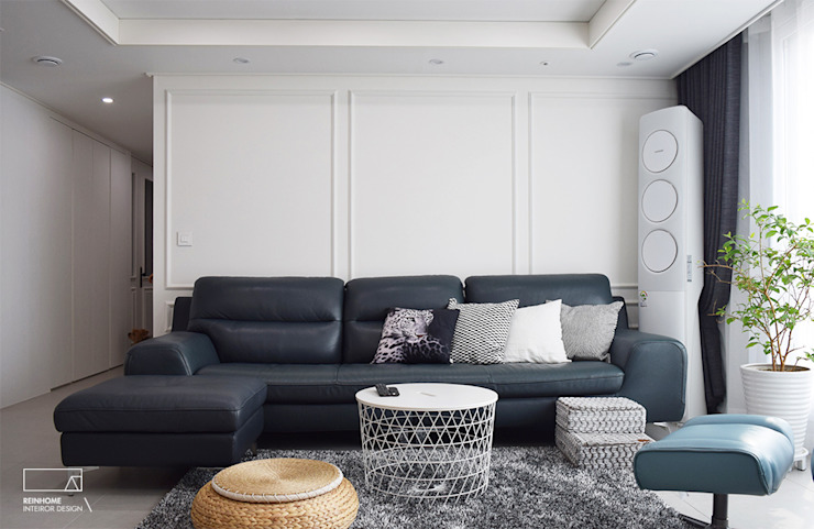 Modern living room by 리인홈인테리어디자인스튜디오 Modern