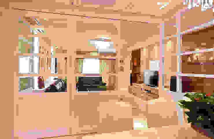 雋 根據 松泰室內裝修設計工程有限公司 古典風 實木 Multicolored