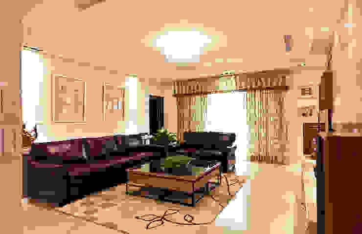 雋 现代客厅設計點子、靈感 & 圖片 根據 松泰室內裝修設計工程有限公司 現代風 大理石